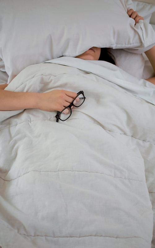 Problemy ze snem – sposoby na spokojne noce